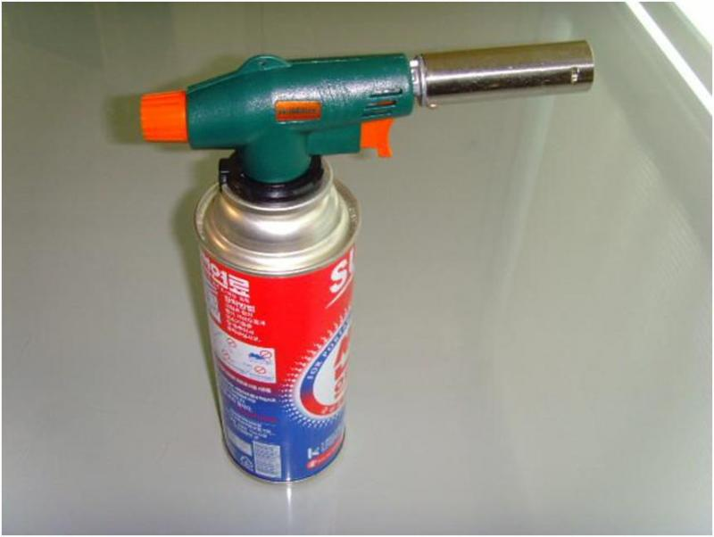 Blow gas torch US$3.70